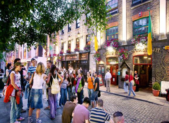 Destination Dublin English in Action